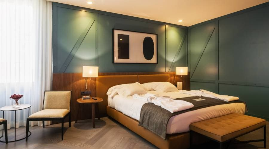 Offers Hotel Vincci Porto - Book now and save 20%!