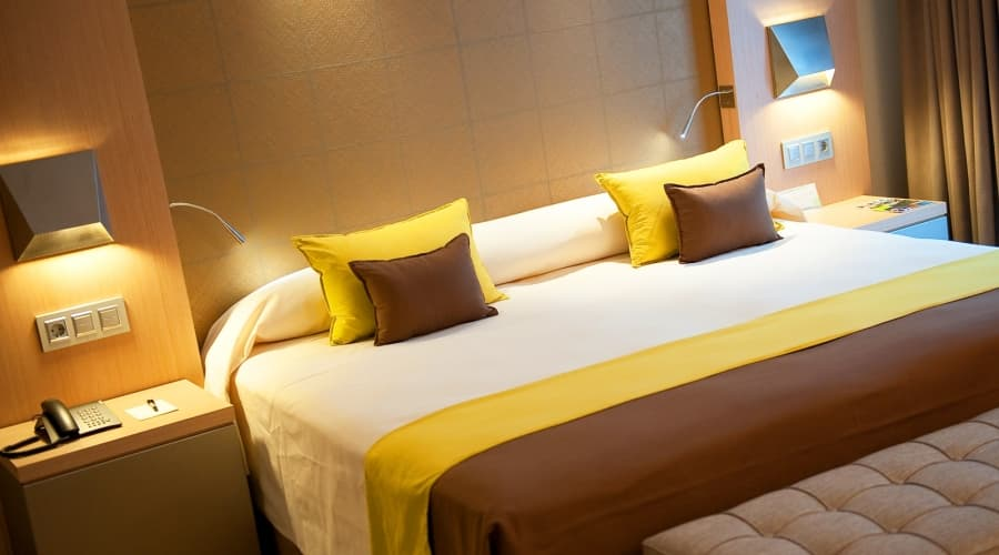 Promotions Hotel Vincci Posada del patio - Stay 4 nights and save! -15%