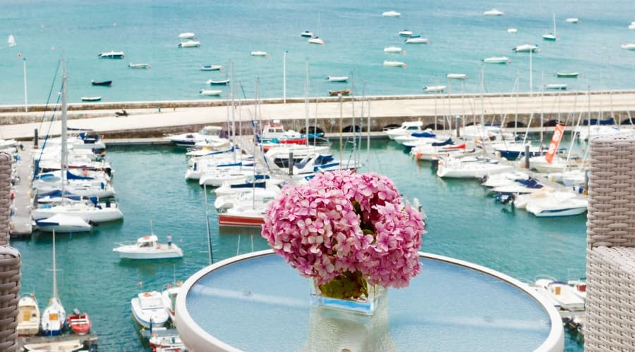 Offers Hotel Vincci Puertochico Santander - Book now and save!. -10%