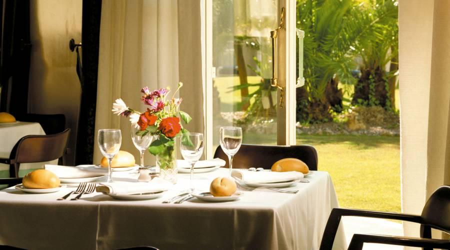 Restaurante Ribereño - Vincci Valdecañas Golf